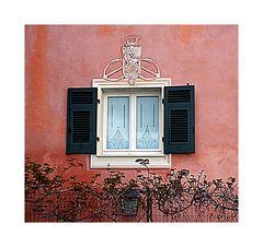 Royal window