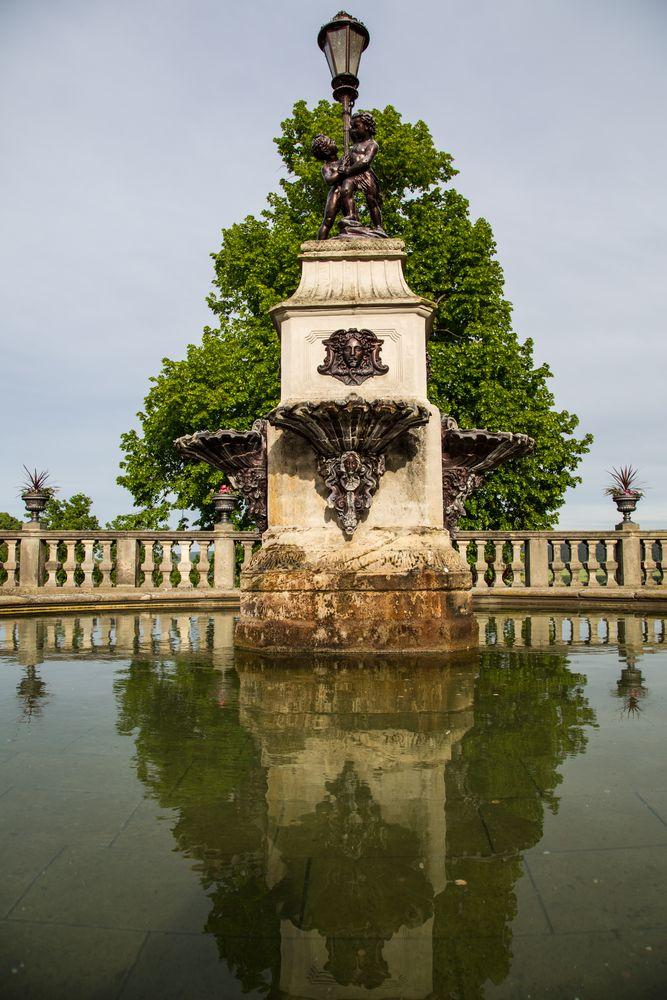 Rudolstadt - Brunnen in der Heidecksburg