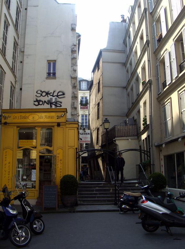 Rue Cloche-Perce