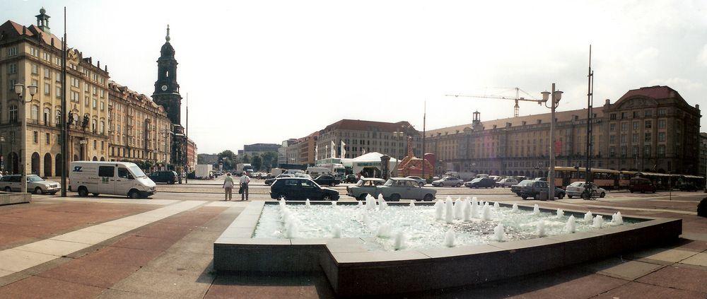 Rückblende nach 2001 - Altmarkt Dresden