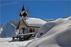 Rückkehr des Winters auf der Ritzau-Alm im Zahmen Kaiser