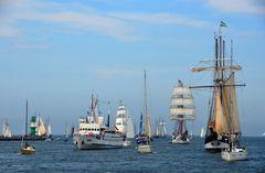 Rückkehr in den Hafen nach der Ausfahrt zur Hanse Sail