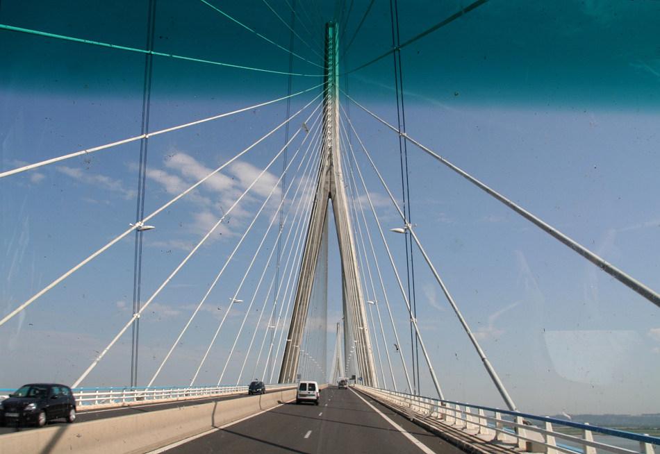 "Rückreise über ""Le Pont de Normandie"" (Brückenauffahrt)"