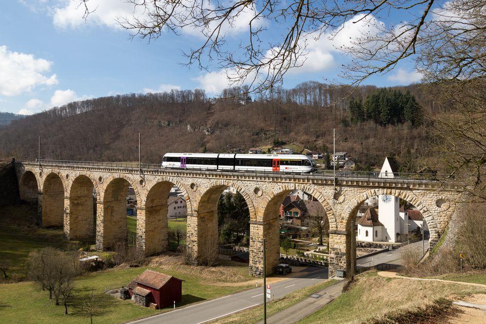 "Rümlingen | CH-BL (Basel-Landschaft) | 10.03.2017 | Thurbo-RABe 526 701-8 ""Kanton Thurgau"""