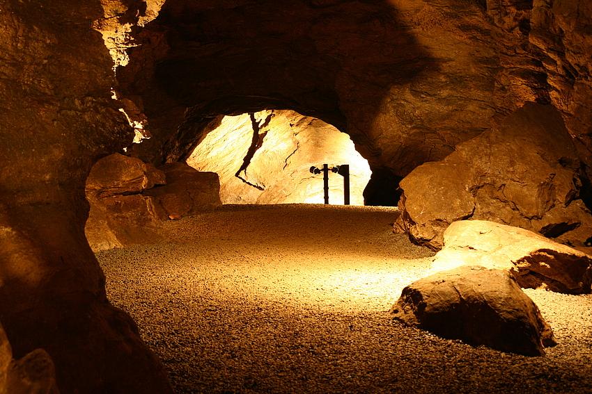Ründerother Aggertalhöhle