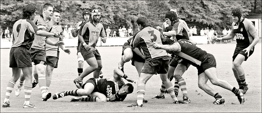 - Rugby -