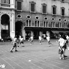 rugby in piazza
