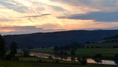 Ruhe senkt sich über das Tal