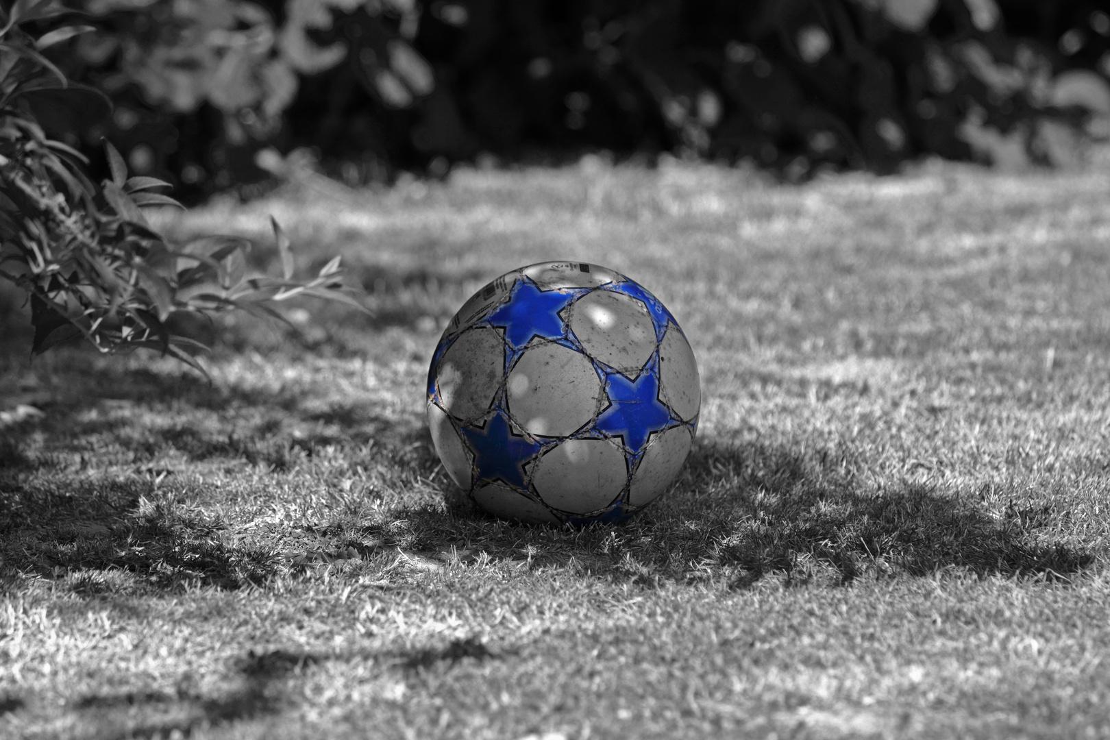 ruhender Ball