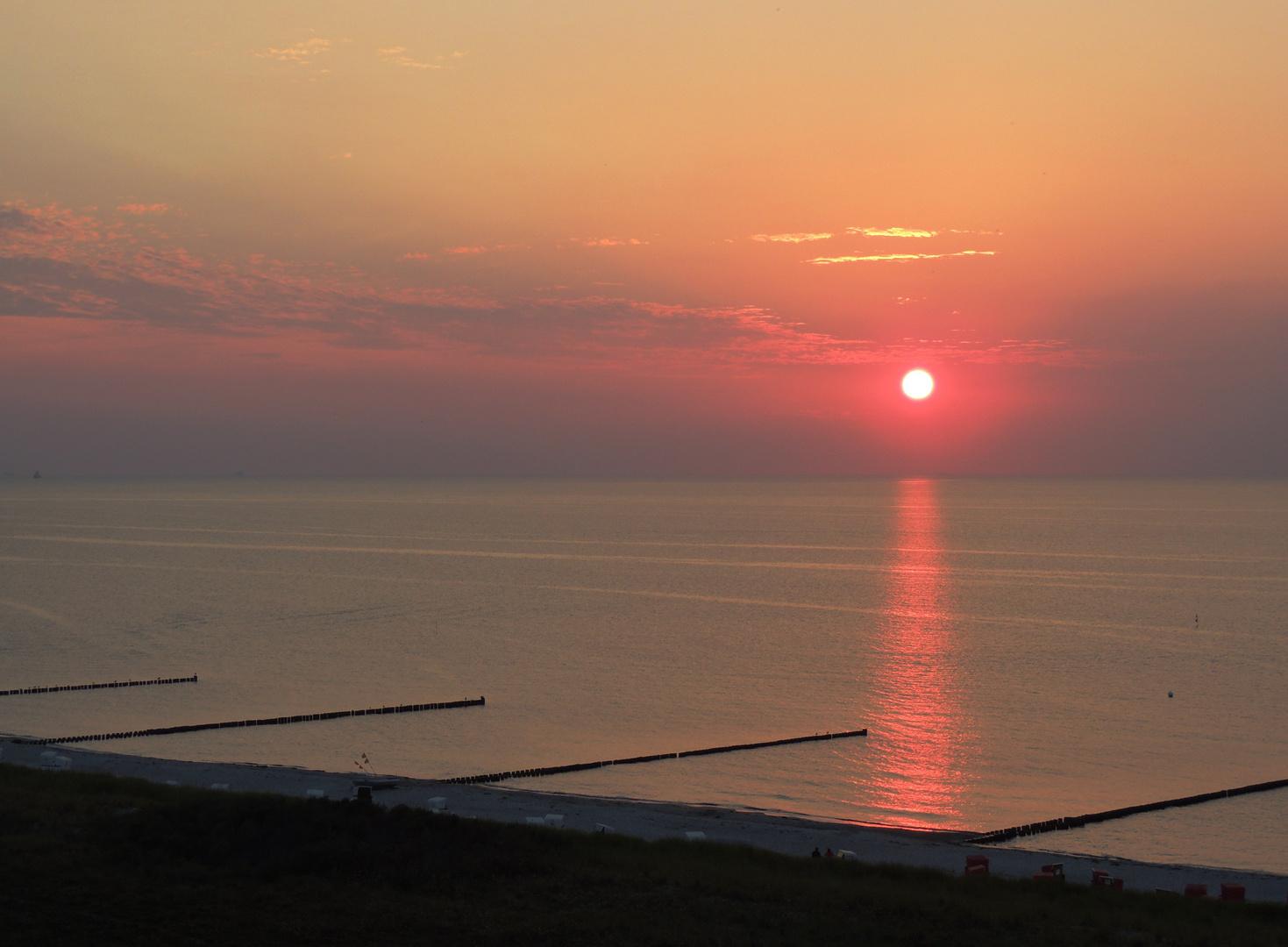 """Ruhiger, pastelliger Sonnenuntergang von """"oben"""""""