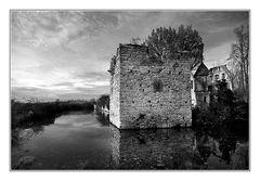 Ruine d. Verna-Wasserburg (2)