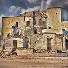 Ruines a la vora de la mar ( Ruinas cerca del mar?