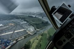 Rundflug mit Hubschrauber Bell Jet Ranger - Foto 27