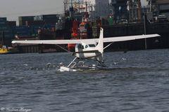Rundflug über den Hamburger Hafen - 3