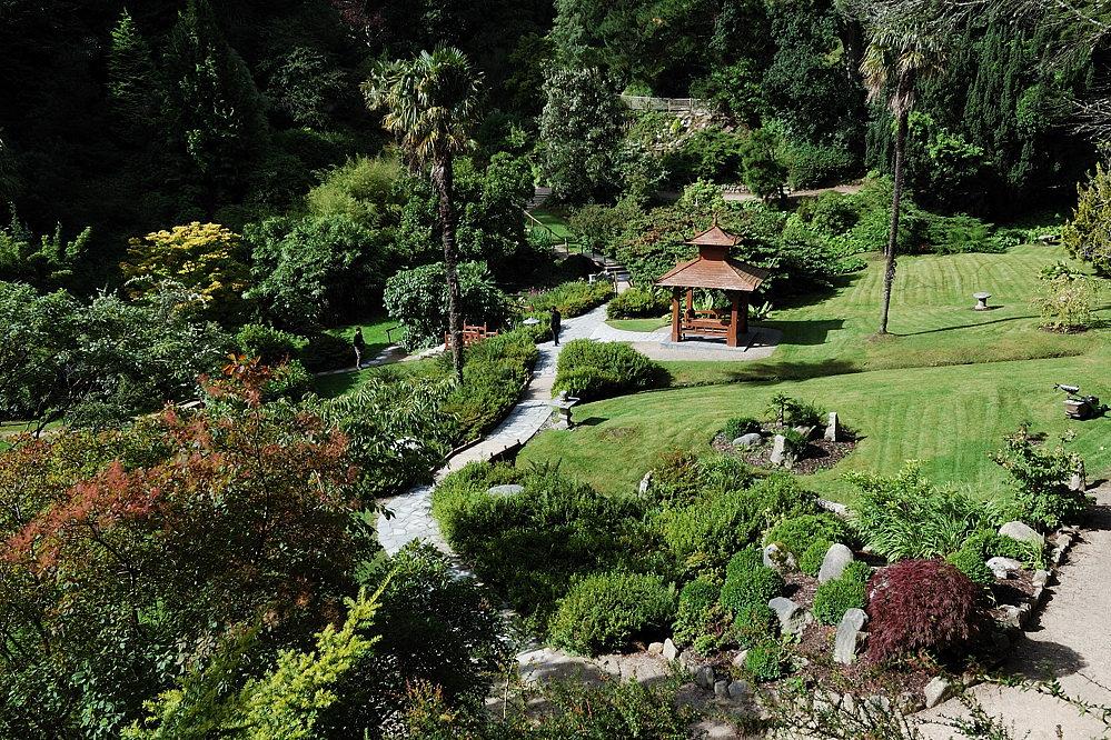 Rundgang durch die Powerscourt Gardens, Wicklow Mountains