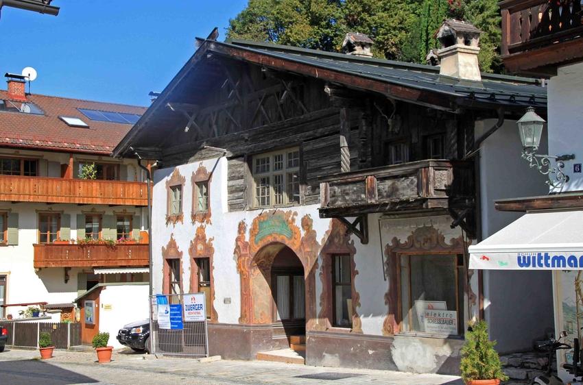 Rundgang durch Partenkirchen: Haus in der Ludwigstrasse