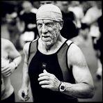 Running men (II)