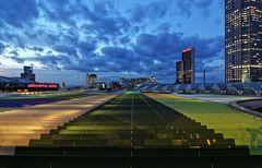* runway *