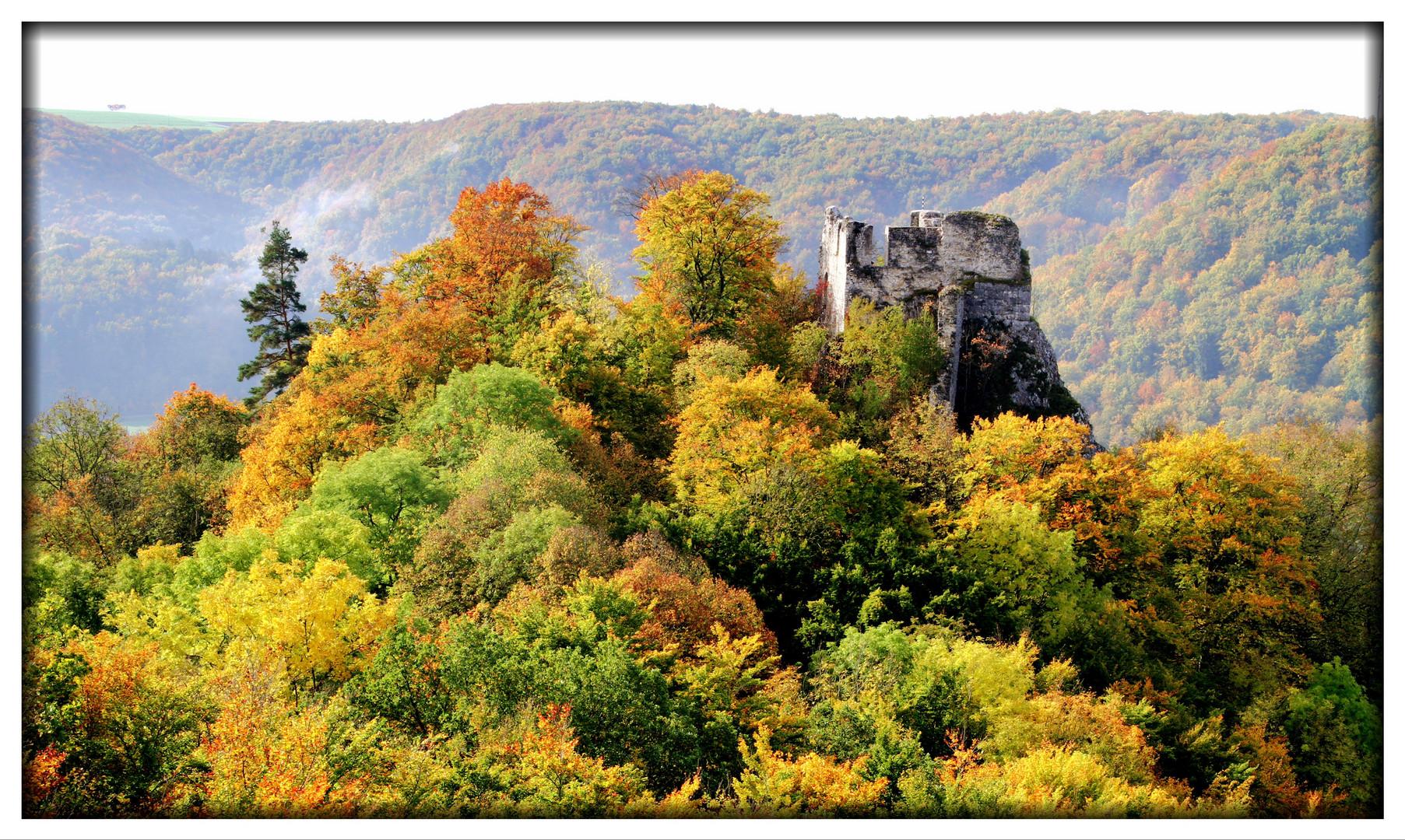 Rusenschloss im Herbst