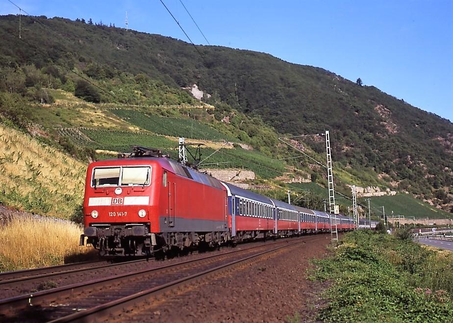 Russenzug im Rheintal