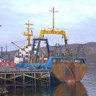 Russischer Trawler im Hafen von Kirkenes