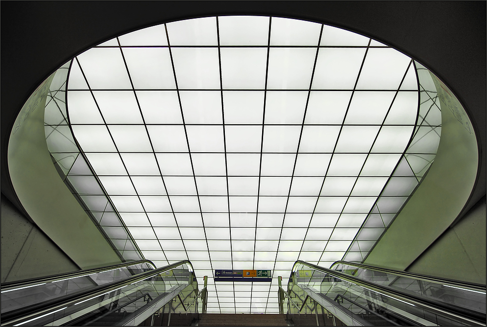 * S-Bahn Airport **