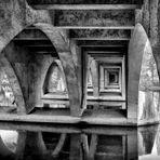 Saalebrücke von unten