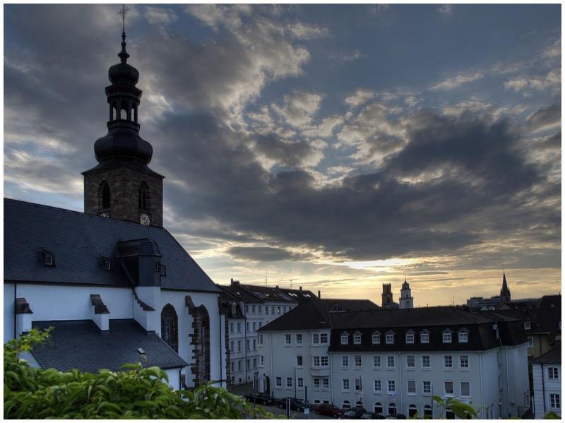 Saarbrücken: Blick vom Schlossgarten auf die Schlosskirche