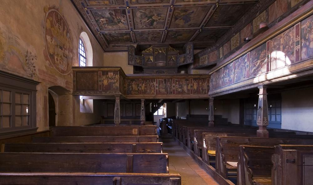 Sachsen - Alte Kirche Coswig, Innenraum mit Orgel 2