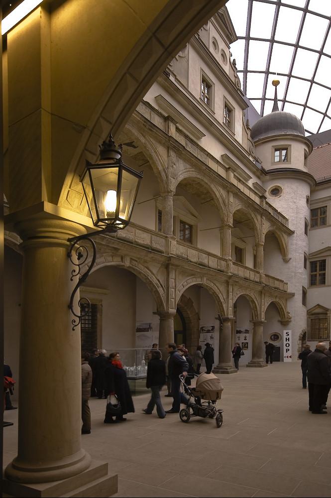 Sachsen - Dresden Residenzschloß; Innenhof mit neuer Überdachung 1....
