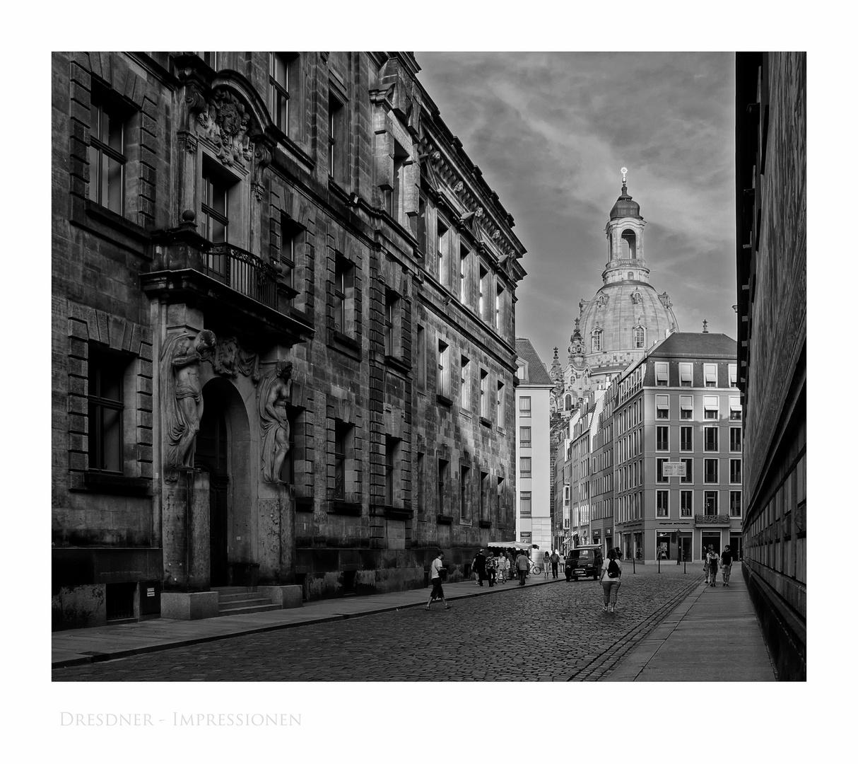 """Sächsische Impressionen """" Dresden - Blick auf die Frauenkirche, in der Abendsonne """""""