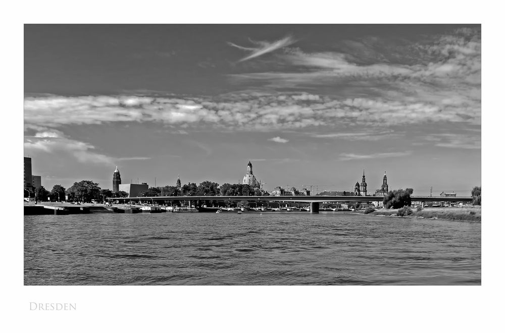 """Sächsische Impressionen """" Dresden - der Blick, vom Dampfschiff """""""