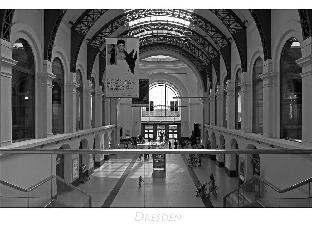 """Sächsische Impressionen """" Dresdner Hauptbahnhof...."""""""