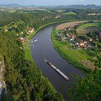 Sächsische Schweiz, Blick von der Bastei in das Tal der Elbe