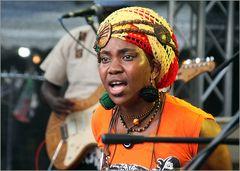 Saengerin Jazz Afro World Stuttgart Jul14 Ü300K