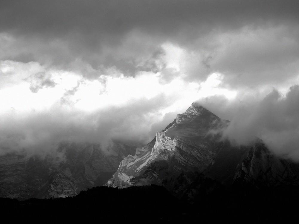 Säntis in Wolken