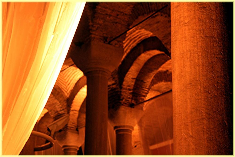 Säulen...
