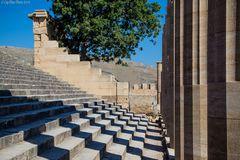 Säulen der Akropolis mit Schattenwurf Lindos Rhodos