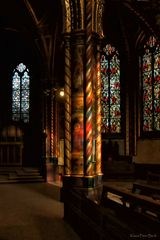 Säulen im Licht.