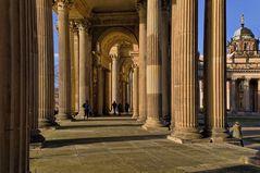 Säulengang ###
