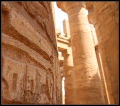 Säulengang im Karnak-Tempel