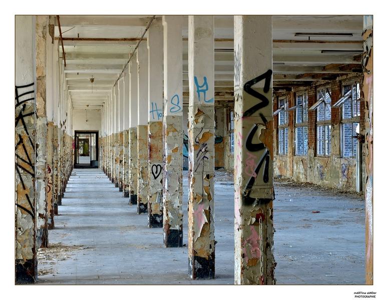 Säulenkabinett
