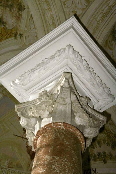 Säulenkopf