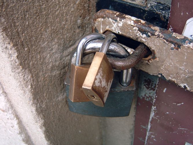 Safety First oder doch schon Paranoia?