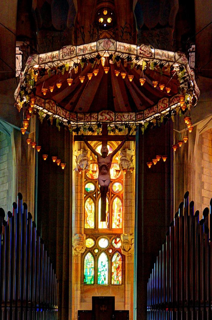 Sagrada - Altar mit Orgel