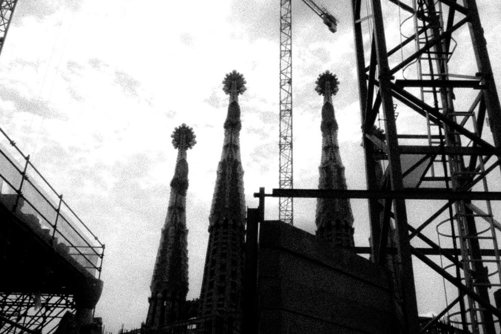 Sagrada Familia, Fleches et grues