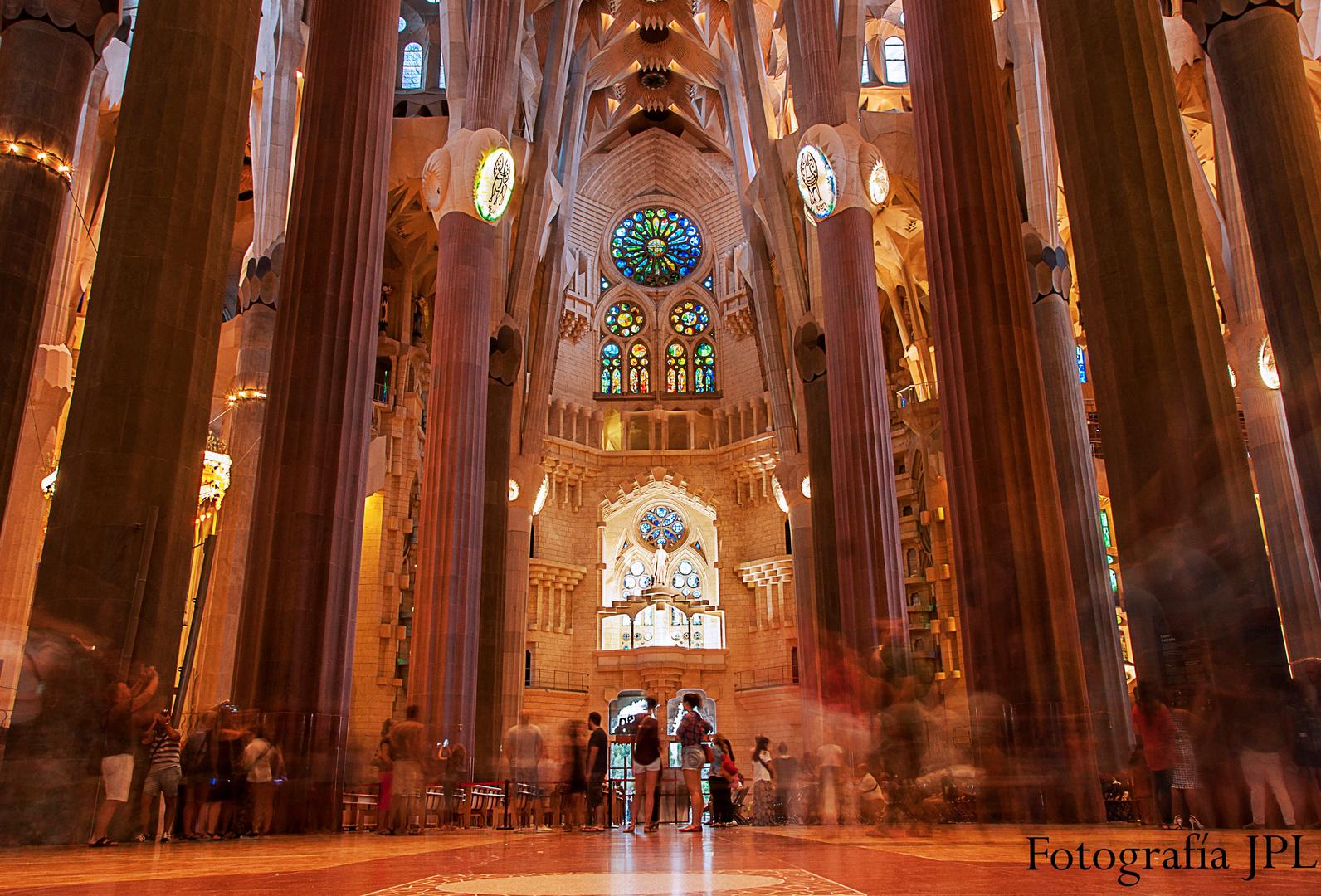 Sagrada Familia (Interior)