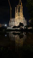Sagrada Familia mit See