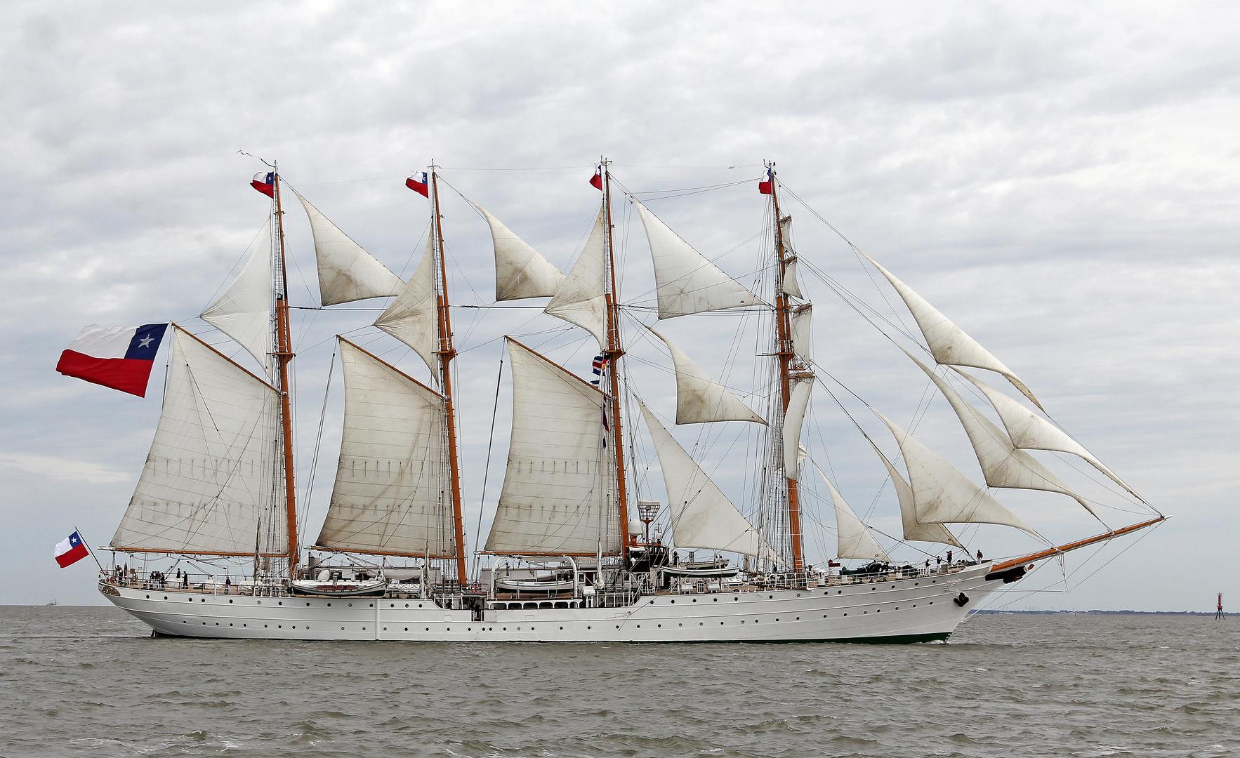 Sail 2015 - Esmeralda, 4-Mast-Barkentine