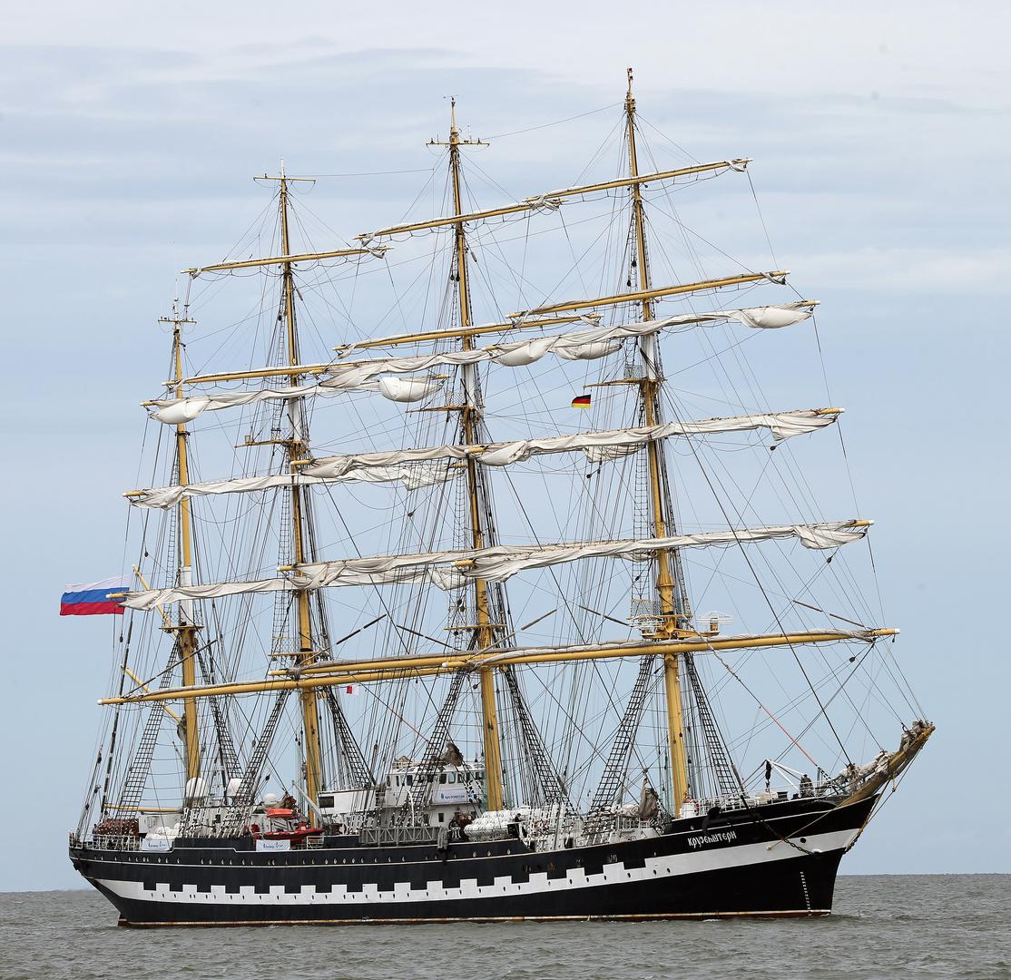 Sail 2015 - Krusenstern, ex Padua